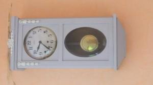 carillon-peint-300x168 dans RELOOKING DE MEUBLES